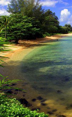 Lake Wanaka, New Zealand • photo: satmg on Flickr