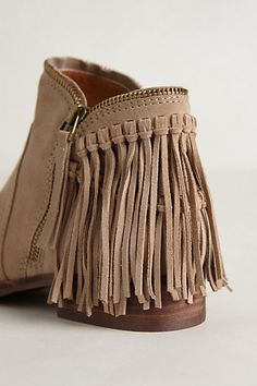 Pinterest Pre-Shop: #Anthropologie June 2014 Catalog Dally #Fringe #Boots Boho Fashion, Fashion Shoes, Womens Fashion, Cute Shoes, Me Too Shoes, Bootie Boots, Shoe Boots, Fall Booties, Over Boots