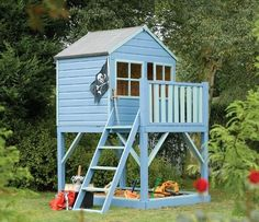 Tower playhouses usually have an external ladder, and sometimes have extras such as a slide, a swing or climbing ropes attached. Description from news.gardeneco.co.uk. I searched for this on bing.com/images