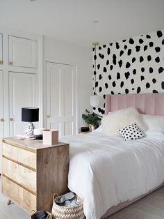 Dalmatian Print Pink Parlour Bedroom Makeover