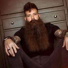 The Best Long Beard Style Ideas That Trending Nowadays 26 Chin Beard, Stubble Beard, Grey Beards, Long Beards, Long Beard Styles, Hair And Beard Styles, Grow A Thicker Beard, Beard Look, Full Beard