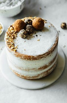 hazelnut crunch cake with vanilla bean frosting, salted chocolate truffles and toasted hazelnuts Slow Cooker Desserts, Baking Recipes, Cake Recipes, Dessert Recipes, Baking Desserts, Cake Baking, Easter Desserts, Pasta Recipes, Just Desserts