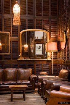 Local Taphouse Interior // Gardener & Marks Interior Decoration | Afflante.com