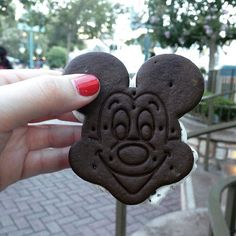 When you're totally exhausted in #Disneyland and you need a snack! #Mickey #icecreamsandwich to the rescue!!! #America #losangeles #anaheim #sydneylife #instafoodie #foodlover #foodblogger #followme #sydneylocal #love #foodie #sydneyfoodie #sydneyfoodshare #sydneyfoodies #instagood #icecream #aussieinamerica #sydneyfoodieontour #americanfood #fastfood #throwback #DLR by my.photobook.of.food