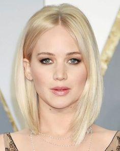 Asymmetrisch gebleichte blonde Bob Frisur für feine Haare