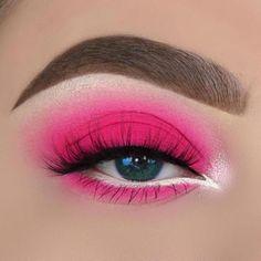 36 Best winter make-up is looking for green eyes for the Christmas season. - Make-Up Pink Eye Makeup Looks, Eye Makeup Art, Colorful Eye Makeup, Crazy Makeup, Blush Makeup, Makeup Inspo, Eyeshadow Makeup, Makeup Pics, Rainbow Makeup
