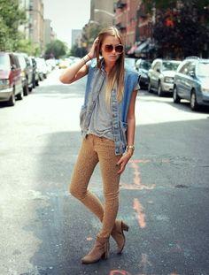 ca36e236d86b7 We Wore What  denim Calça De Onça, Looks Colete, Colete Jeans, Jeans