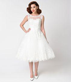 Vintage Inspired Wedding Dress | Vintage Style Wedding Dresses Unique Vintage 1950s Style Ivory Lace  Tulle Riviera Bridal Dress $228.00 AT vintagedancer.com