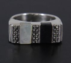 Sterling Silver Marcasite Onyx & Mother of Pearl Ring Size 8
