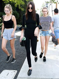 Models Off Duty! Kendall, Cara and Gigi in Their Post-Party Sunday Morning Looks http://stylenews.peoplestylewatch.com/2015/10/25/kendall-jenner-gigi-hadid-cara-delevigne-after-balmain-party/