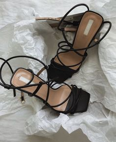 Jul 2019 - Strappy sandals are the ones to have this Hitting the fashion world by storm, it's perfect for that summer outfit you have been dreaming about. Wear it with a floral midi dress and a mini bag or you can… Shoe Boots, Shoes Heels, Black Strappy Sandals Heels, Prom Heels, Sandal Heels, Strap Heels, Ankle Strap, Aesthetic Shoes, Beige Aesthetic