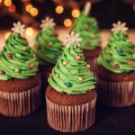 Whether they're topped with cream cheese, candy cane buttercream, or peppermint, these easy Christmas cupcakes will make your holiday a memorable one. Find your new favorite Christmas cupcake recipe here. Christmas Treats To Make, Christmas Tree Cupcakes, Holiday Cupcakes, Christmas Party Food, Christmas Desserts, Simple Christmas, Christmas Ideas, Christmas 2019, Merry Christmas
