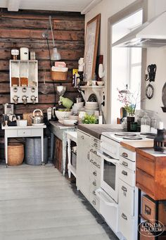 I think I prefer this kind of kitchens than the ones in the catalogs...