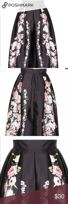 """Vintage style high waisted pleated long skirt. Plus size vintage style pleated high waisted long floor length skirt. Can be used  paired with crop top. Waist 43-44"""" Skirts A-Line or Full"""