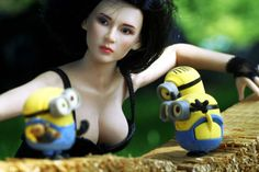 What are you doing (Minions)