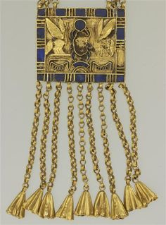 """Necklace with floral pendants, with plaque on behalf of Pinedjem I, Dynasty (c. 1050 BC) gold inlaid with lapis lazuli - length 60 cm. Jewelry Findings, Jewelry Art, Antique Jewelry, Temples, Egypt Jewelry, Ancient Egyptian Jewelry, Louvre Paris, Long Pearl Necklaces, Gold Necklace"