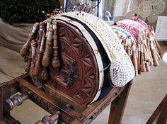 Bolillero de Queyras con soporte y bolillos torneados