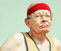The Golden Years (Los años dorados), por Dean Bradshaw Senior Citizen Activities, Chaos 2, The Golden Years, Young At Heart, People Talk, Photo Accessories, Funny Games, Artistic Photography, Female Athletes
