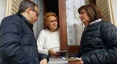 ANOTAME LA DIRECCIÓN DE ESTA CASA DIJO BULLRICH AL SER REPUDIADA POR UNA VECINA   ANOTAME LA DIRECCIÓN DE ESTA CASA DIJO BULLRICH AL SER REPUDIADA POR UNA VECINALa ministra de Seguridad de la Nación realizó un timbreo por el Partido de Tres de Febrero. En una de las casas una vecina la cuestionó y la ministra pidió que se anotara el domicilio.  El gobierno nacional se caracteriza por la modalidad novedosa de salir a timbrear por los barrios de Capital Federal y Buenos Aires los funcionarios…