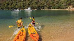 Kayak Australia The Ten Best Kayaking Spots in Sydney - Concrete Playground Amazing Destinations, Travel Destinations, White Water Kayak, Adventure Tours, Adventure Time, Pretty Beach, Camping Spots, Travel And Leisure, Water Sports