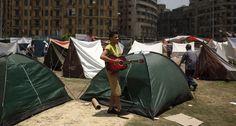 A la oposición no le importa acampar meses enteros por la reivindicaciones de sus derechos. (Foto: El Mundo) #ProtestasEgipto