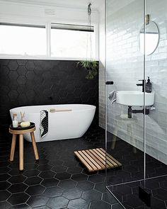 modern luxury bathroom design ideas for your home  | www.bocadolobo.com #bocadolobo #luxuryfurniture #exclusivedesign #interiodesign #designideas #homedecor #homedesign #decor #bath #bathroom #bathtub #luxury #luxurious #luxurylifestyle #luxury #luxurydesign #tile #cabinet #masterbaths #tubs #spa #shower #marble #luxurybathroom