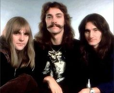 RUSH(Alex Lifeson, Neil Peart, and Geddy Lee). the greatest band on Earth. Great Bands, Cool Bands, Rock Music, My Music, Rock N Roll, Rush Albums, Rush Concert, Rush Band, Geddy Lee