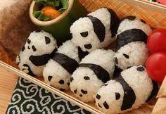 Panda sushi rolls in a bento box! via Chou Panda Sushi, Panda Food, Sushi Sushi, Sushi Art, Cute Food, Good Food, Yummy Food, Tasty, Food Porn