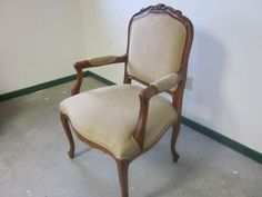 Minneapolis: Ethan Allen Chair $250 - http://furnishlyst.com/listings/533470