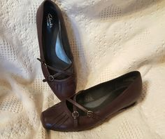 Clarks Artisan women's shoes sz 8.5 M brown/eggplant leather 2 strap mary jane | Clothing, Shoes & Accessories, Women's Shoes, Flats & Oxfords | eBay!
