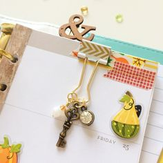 Planner clip from @pocketfulofsparkles