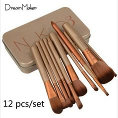 12 sets of brushes, hair brushes each undergo disinfection, sterilization, skin allergy test 13 and other processes Seiko secret agents, just in order to provide the most excellent make-up experience,