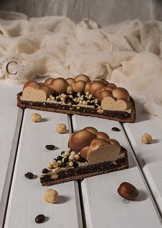 Coffee and praline tart · Cooking me softly Small Desserts, Fancy Desserts, Delicious Desserts, Hazelnut Praline, Caramel Pecan, Sweet Pastries, French Pastries, Baking Recipes, Dessert Recipes
