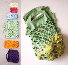 Reclyced DIY craft How-To-Make-A-T-Shirt-Produce-Bag Easy inexpensive creative idea Money saver Reciclar una camiseta playera para hacer una bolsa para ir a la compra Idea creativa barata Ahorra dinero y espacio Eco Explicaciones