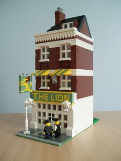 Brick Town Talk: The Lion Pub - LEGO Town, Architecture, Building Tips, Inspiration Ideas, and more!