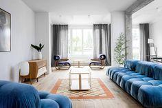 Projekt zrealizowany przez Loft Kolasiński obejmował rewitalizację domu z lat 30-tych w Szczecinie, projekt wnętrz oraz części umeblowania. Do wyposażenia...