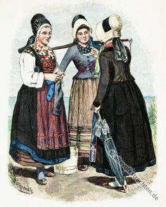 Alte Trachten von Fischerfrauen auf Rügen.