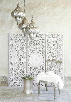 DIY Moroccan-Style Wall Stencil Tutorial - Renewed House - Home Decor Ideas Wall Stencil Tutorial, Modern Decor, Decor Inspiration, Home Deco, Stencils Wall, Modern Moroccan Decor, Interior, Asian Home Decor, Moroccan Interiors