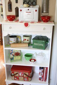 vintage kitchen, Sunny Simple Life: Loving My Little Shelf