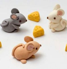 52 trendy birthday cupcakes decoration ideas mice We create our own Dreamhome Office/Studio Fimo Clay, Polymer Clay Projects, Polymer Clay Creations, Polymer Clay Animals, Fondant Figures, Fondant Cakes, Fondant Cake Toppers, Fondant Animals, Rolling Fondant