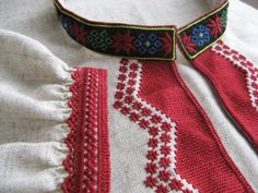 FolkCostume&Embroidery: Pozaihlenne and Nastyl [Pearl stitch] Embroidery of Pokuttia and West Podillia, Ukraine Baby Embroidery, Shirt Embroidery, Embroidery Stitches, Thread Art, Needle And Thread, Medieval Embroidery, Small Cross Stitch, Folk Clothing, Straight Stitch