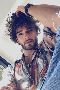 You have no idea of how much I'm into Brazilian top model Marlon Teixeira. I just want to share some images of this gorgeous model. After all, every moment … Brazilian Male Model, Brazilian Men, Beautiful Men Faces, Gorgeous Men, Marlon Texeira, After Earth, Beard Model, Look Boho, Hair And Beard Styles
