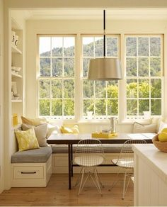 contemporary kitchen Bay window kitchen nook Bookshelf to left of window seat.back rest for sitting from that corner? Kitchen Ikea, Kitchen Benches, Kitchen Decor, Kitchen Booths, Kitchen Booth Seating, Kitchen Banquette Ideas, Kitchen Interior, County Kitchen Ideas, Kitchen Table With Bench