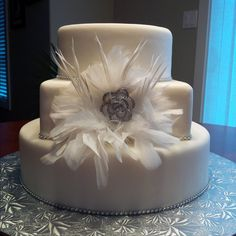 Wedding Cake love the feathers