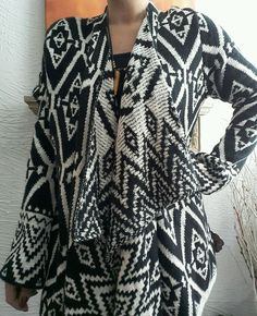 NEW KNOX ROSE B&W NATIVE AZTEC BOHO ASYMMETRIC OPEN FRONT KNIT CARDIGAN SWEATER  #KNOXROSE #Cardigan