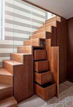 Schrank unter Treppe und andere Lösungen, wie Sie für mehr Stauraum sorgen                                                                                                                                                                                 Mehr