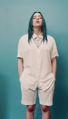 Aesthetic, bad guy, and billie eilish image Billie Eilish, Grunge Look, Aesthetic Clothes, Aesthetic Outfit, Retro Aesthetic, Kylie Jenner, Michael Jackson, Retro Fashion, Cool Girl