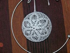 Best 12 – Page 547609635942518322 - Her Crochet Crochet Ball, Crochet Round, Thread Crochet, Crochet Motif, Crochet Christmas Ornaments, Crochet Snowflakes, Christmas Knitting, Christmas Diy, Crochet Patterns Amigurumi