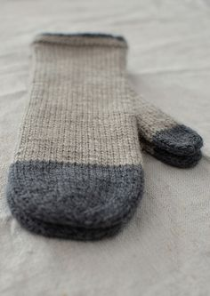 Beautiful, simple mittens by coco-knits for Bookhou in Toronto