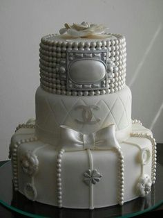 Fashion Cake for a Fashionista